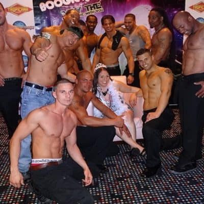male-strippers-birthday-party-400x400