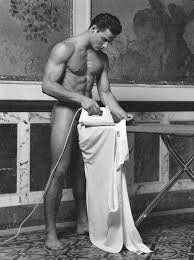 male-naked-ironing-in-dublin